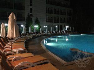 夜中のホテル